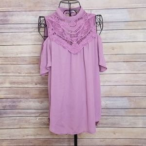 Lily White L lavender open shoulder lace top